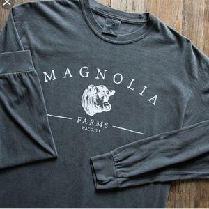 NWT magnolia top